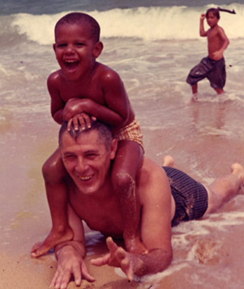 Obama.grandfather.beach